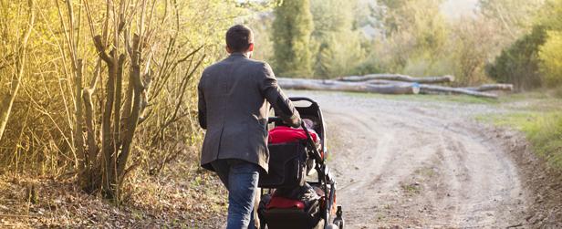 Mere barsel til far styrker mors karriere og løn   Jobindex